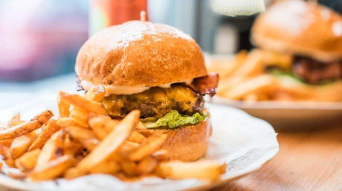 One-Kitchen-Kochschule-Kochkurs-Burger-Deluxe2